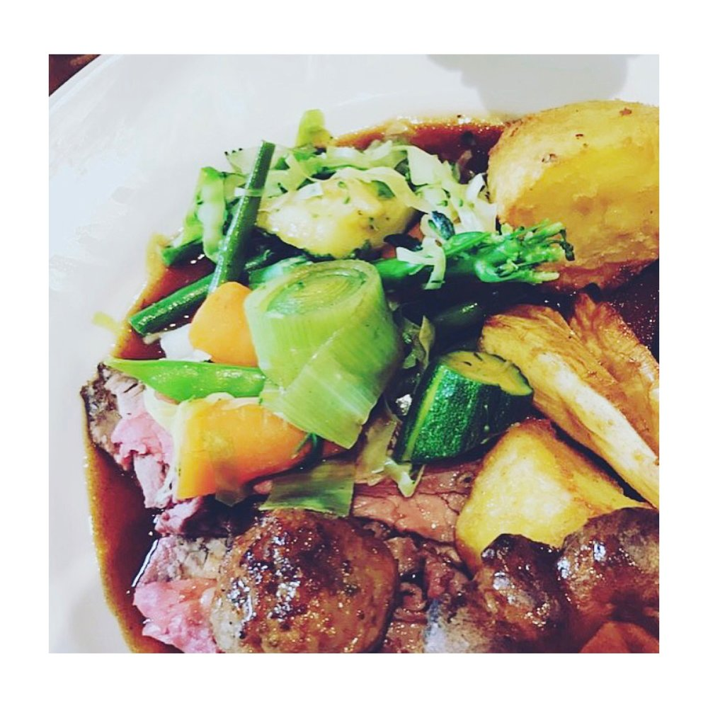 The perfect Sunday roast at the Bugle, Twyford 👌🏼
