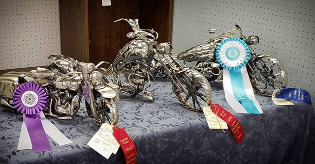 The spoon motorcycles sculptures got some SERIOUS love at the Southern NM State Fair Fine Art Show!!! 5 awards for 3 bikes! Two 2nd place, one 1st place, one 2nd Best of Show, and one 2nd Best of Lot. I am so happy right now. 🏅🏅🥇🥈🥈 #JamesRice #EverlastingSpoonful #motoart #art #metalart #fineart #chopper #sculpture #allspoons #veteran