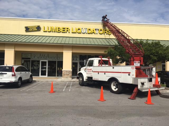 lumber liquidators sign.JPG