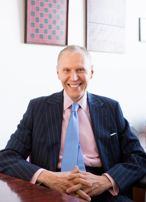 Dr. Steven Schinke
