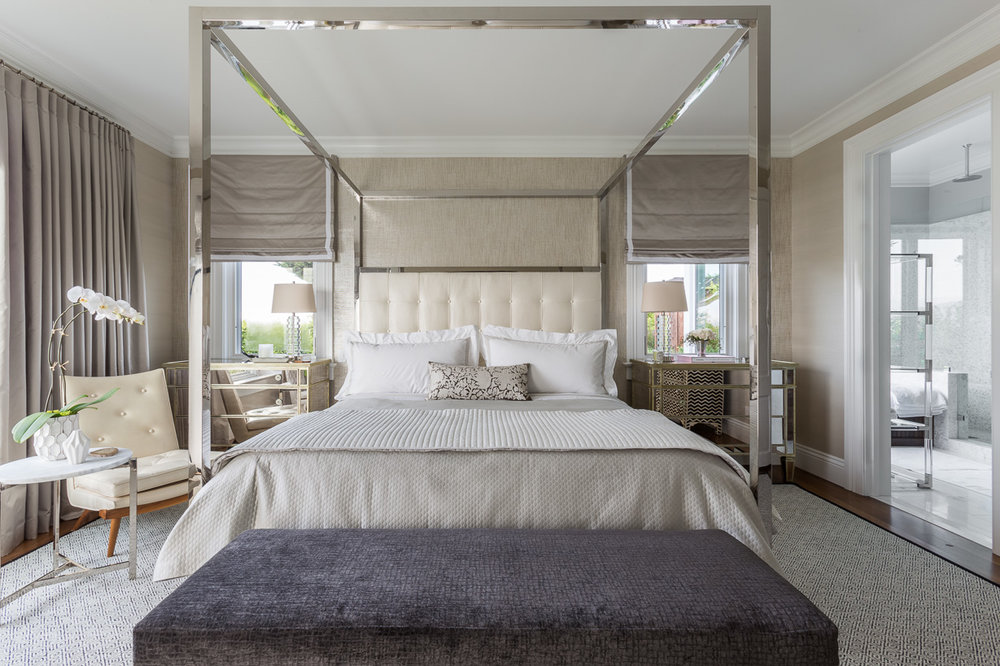 metal four poster bed