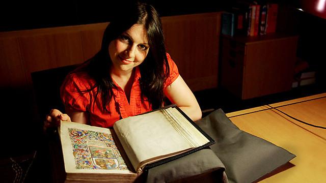 Dr Janina Ramirez | Bio