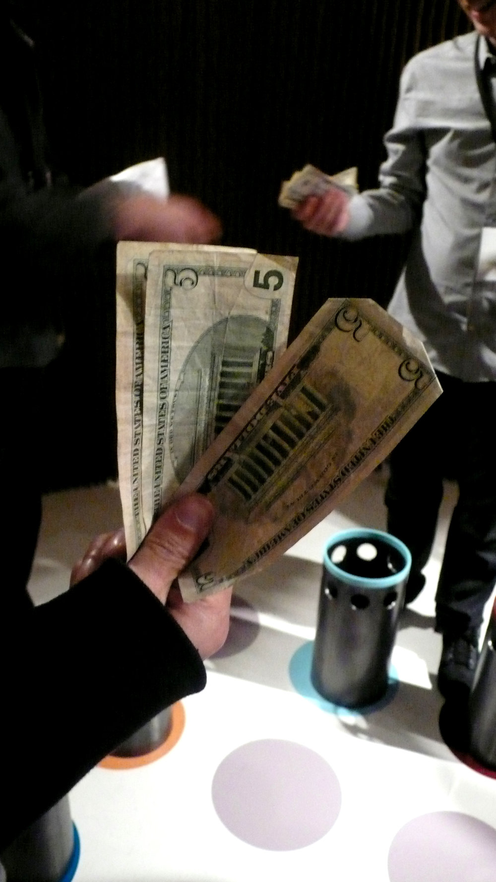 16T_cash.JPG