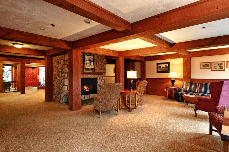 The cozy Silver Fox Inn lobby