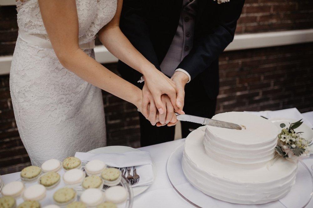 bruiloft taart bruidstaart sweettable