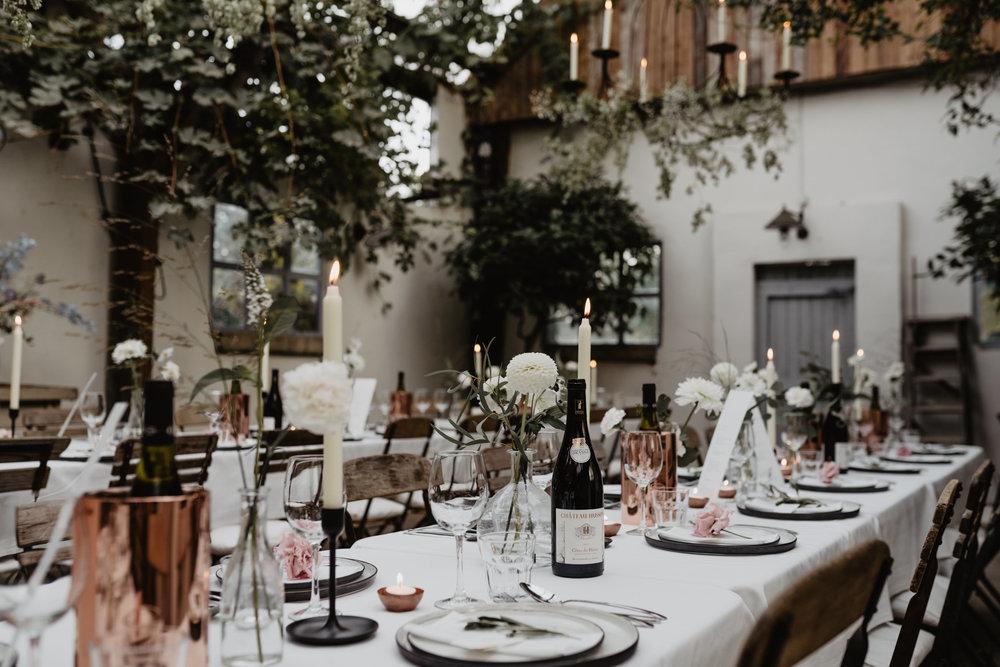 Angela-Bloemsaat-Over-the-moon-weddings-domainedheerstaayen14.jpg
