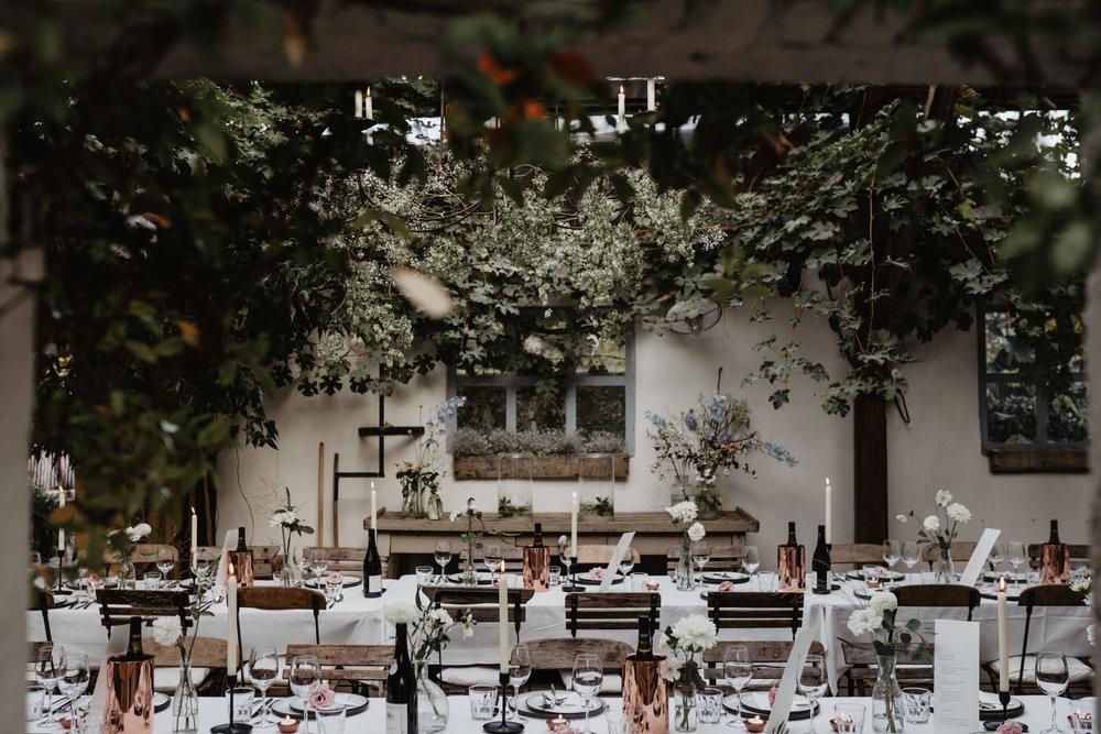 Angela-Bloemsaat-Over-the-moon-weddings-domainedheerstaayen18.jpg
