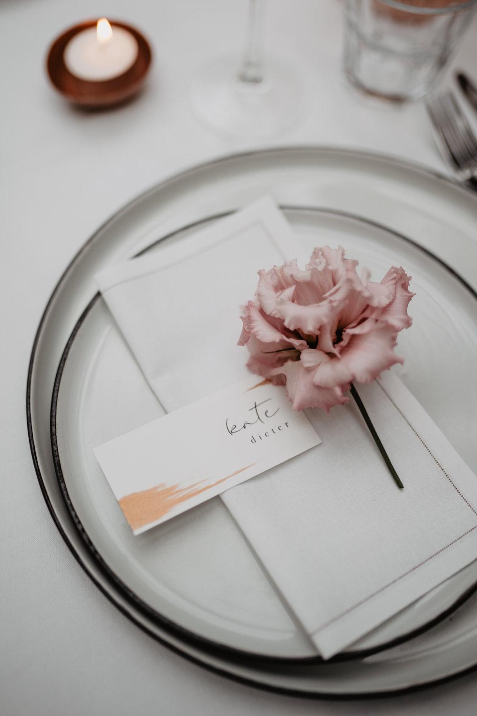 Angela-Bloemsaat-Over-the-moon-weddings-domainedheerstaayen19.jpg