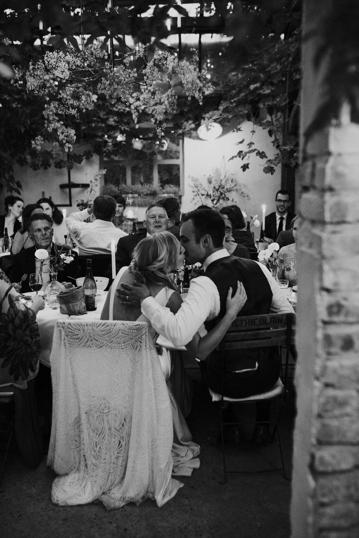 Angela-Bloemsaat-Over-the-moon-weddings-domainedheerstaayen23.jpg