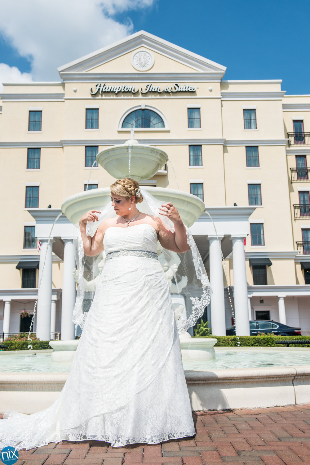 bride-fountain-hamton-inn-suites.jpg