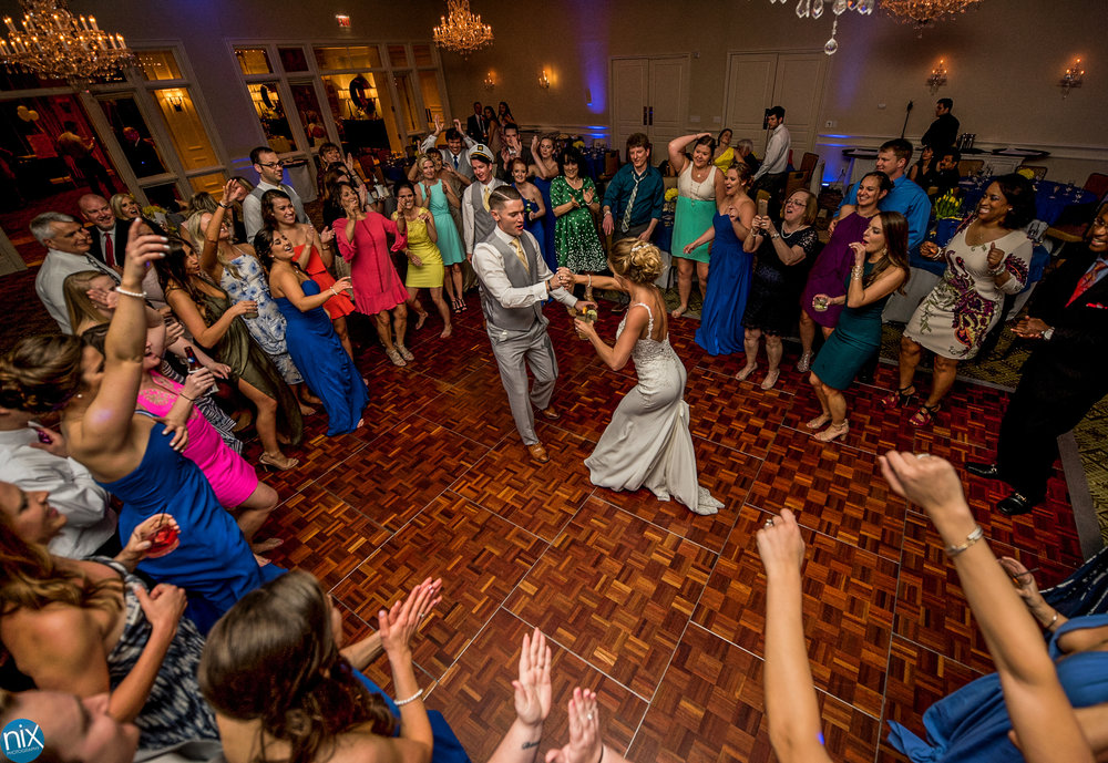 peninsula club bride groom dance.jpg