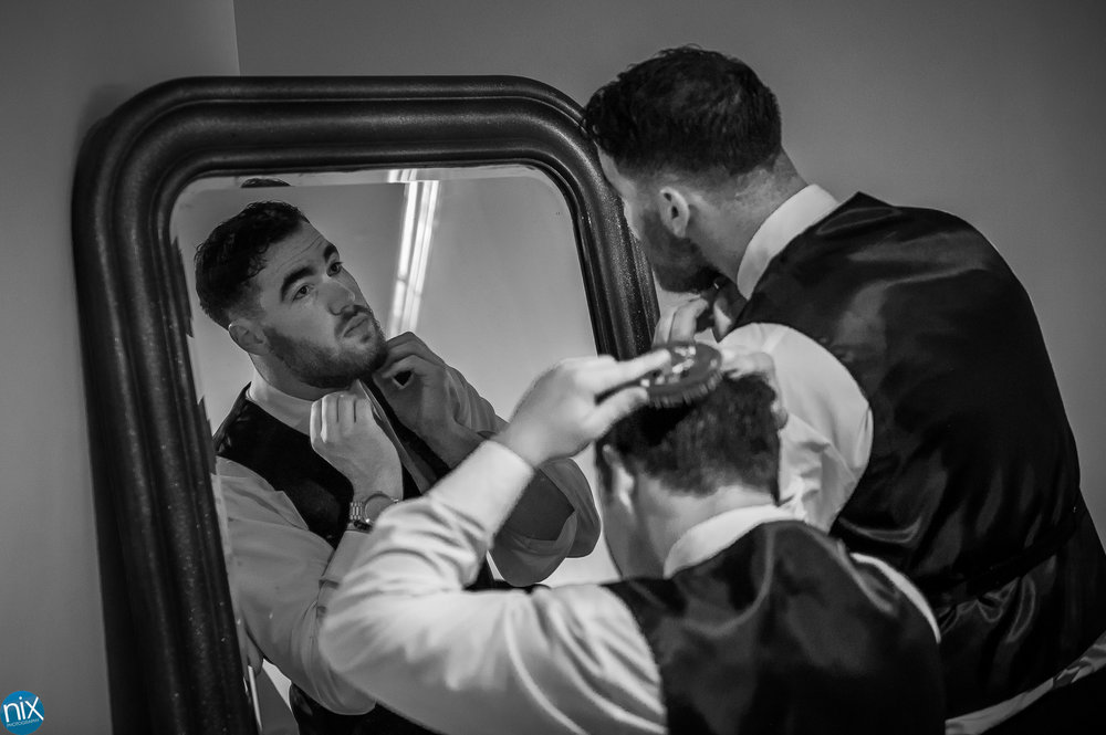 groomsmen getting ready at Morning Glory Farm.jpg