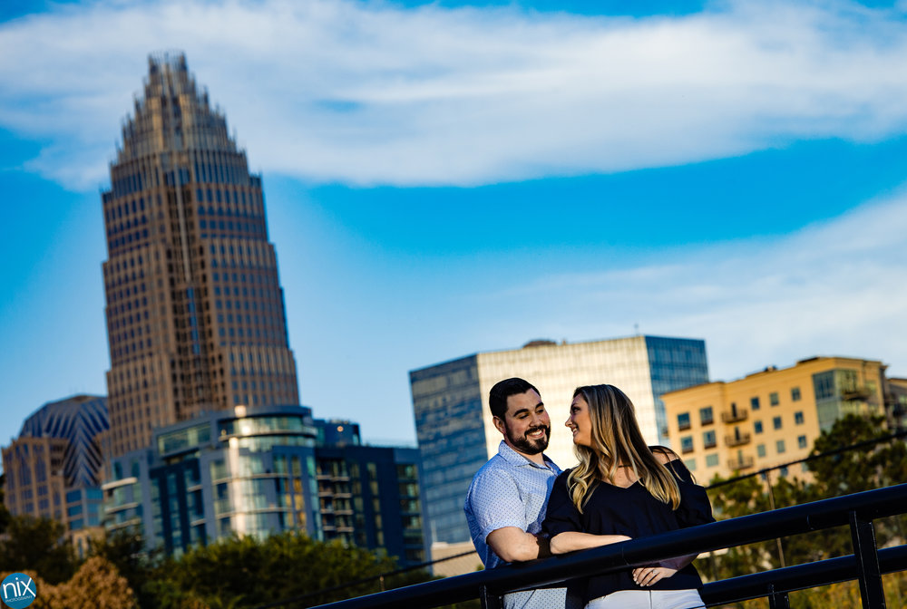 charlotte_skyline_engagement_photography.jpg