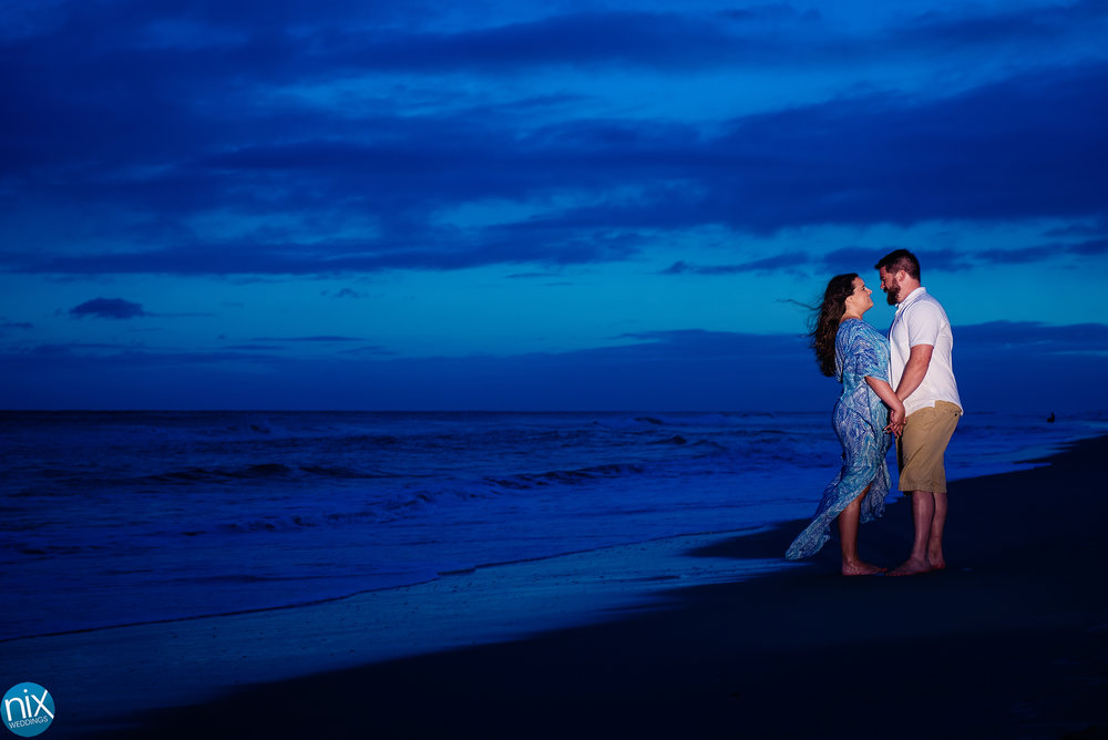emerald_isle_sunset_beach_engagement.jpg