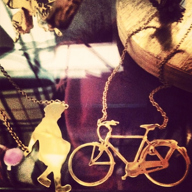 Boy and bicycle necklaces. 450 SEK per piece. Reinsta from @missragtime. #johannan