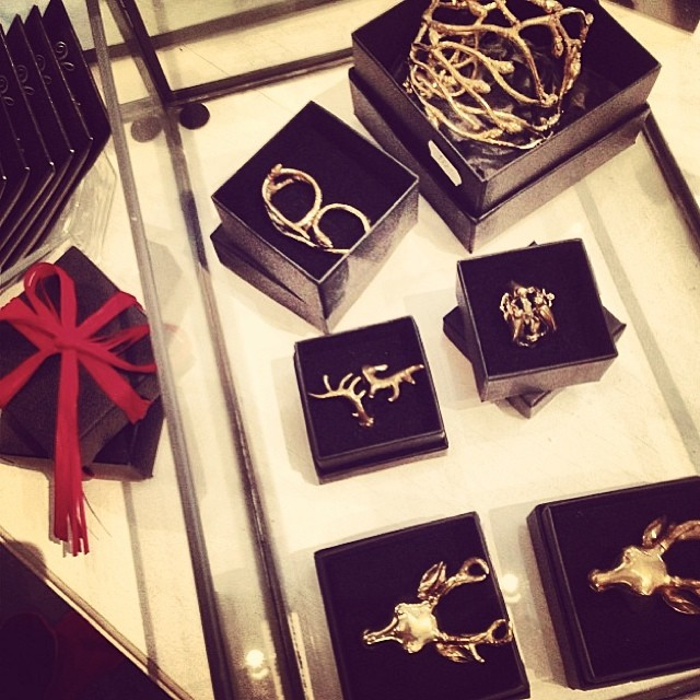 Are you done with all your Christmas gifts? Reinsta from lovely @verasgarderob in Borås. #johannan
