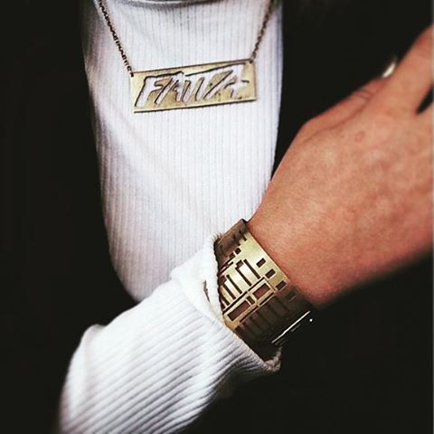FATTA necklace short chain 450 SEK and THIS IS HOME bracelet 650 SEK. Photo: @amandanilssnn