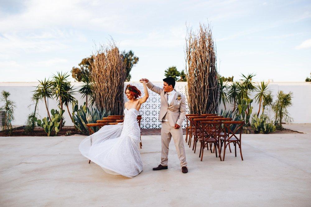 Gilbert-Wedding-Photographer-16.jpg