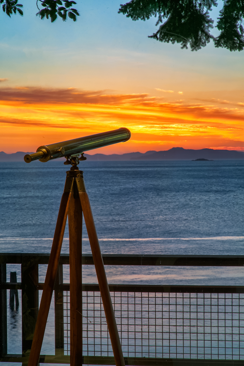 Telescope (sunset).jpg