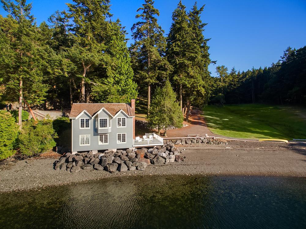 Aerial (guest house).jpg