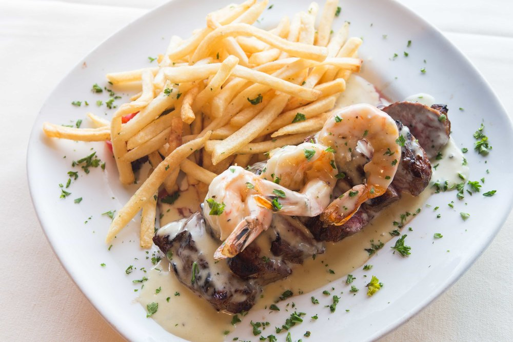 puerto-la-boca-shrimp-and-steak.jpg