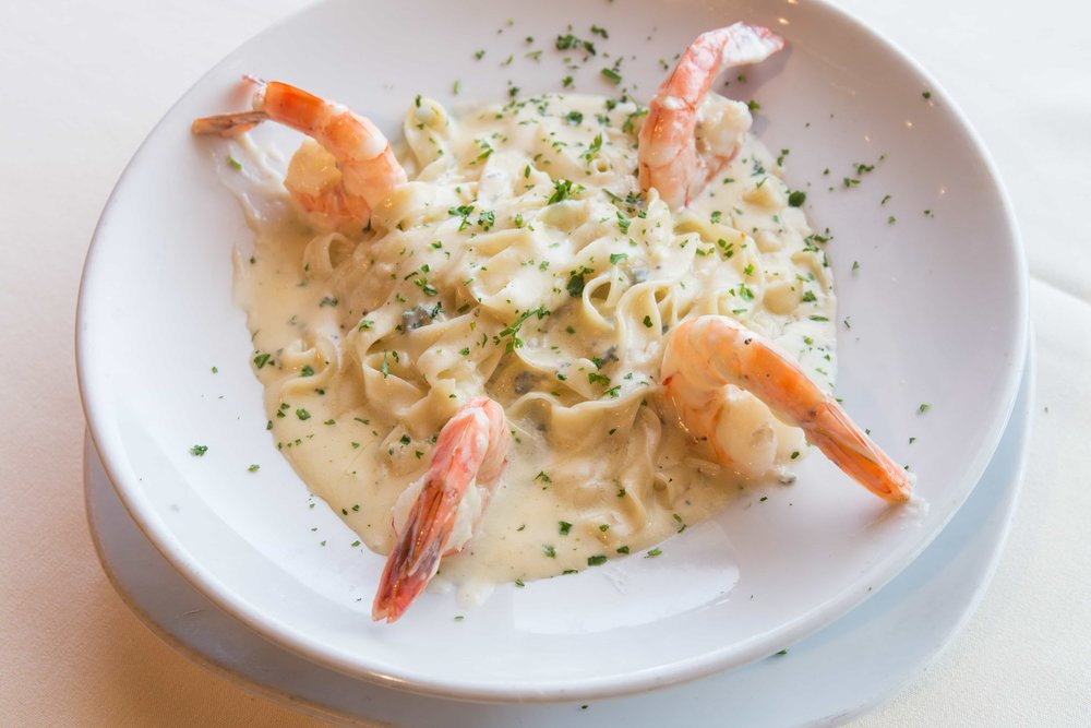 puerto-la-boca-fettuccini-queso-shrimp.jpg