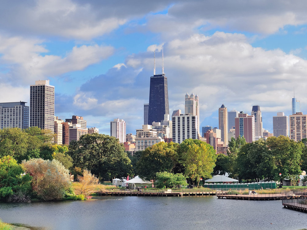 Chicago-skyline-in-Illinois-where-Hartfield-Titus-&-Donnelly-has-offices.jpg