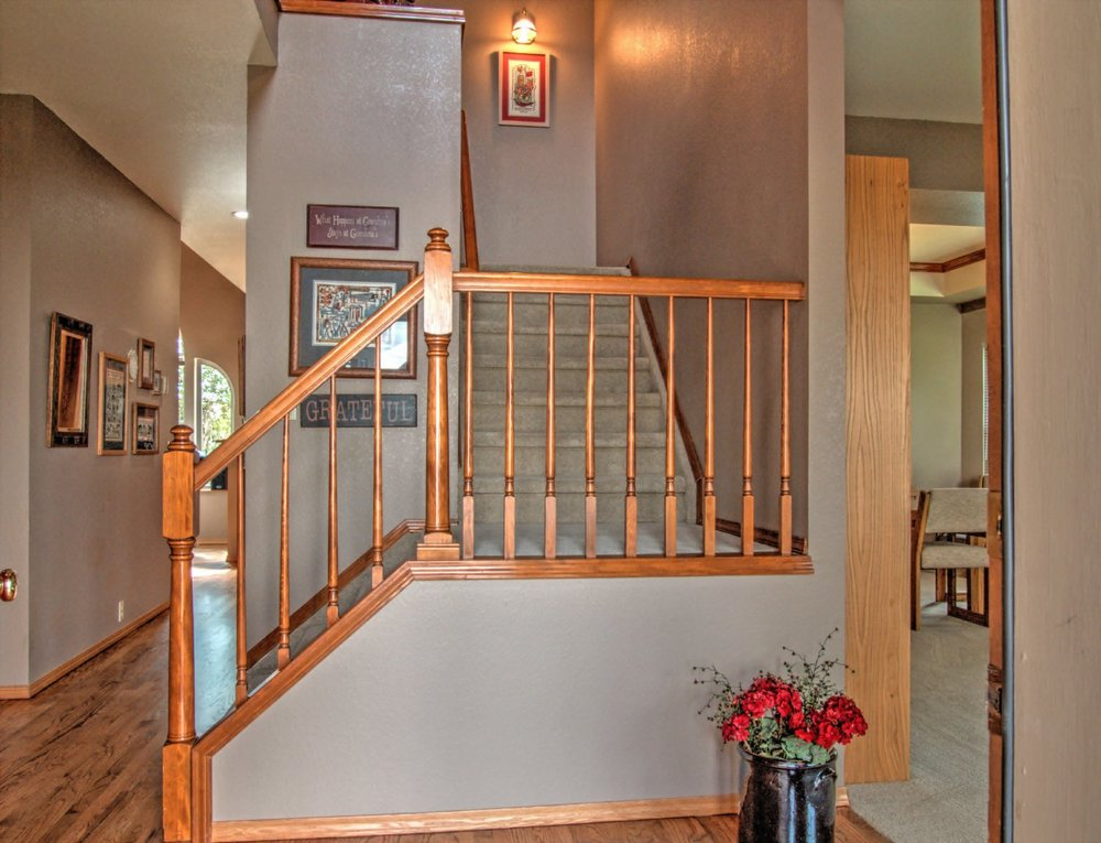 6-103-Stairway.jpg