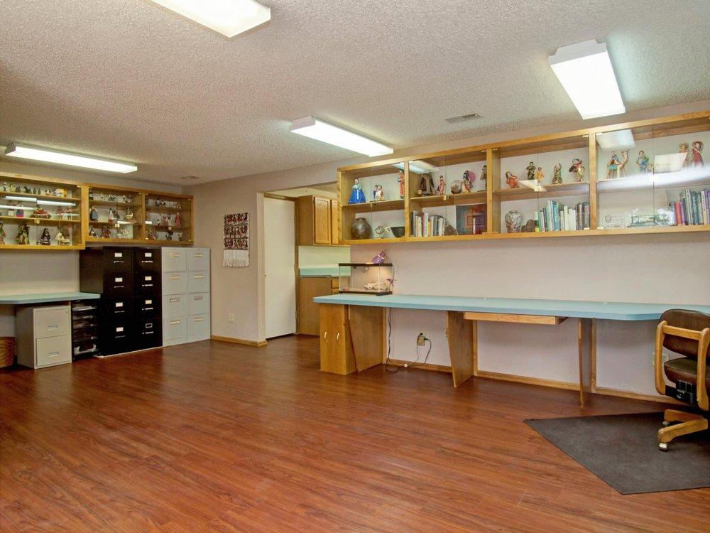 28-597-Office1.jpg