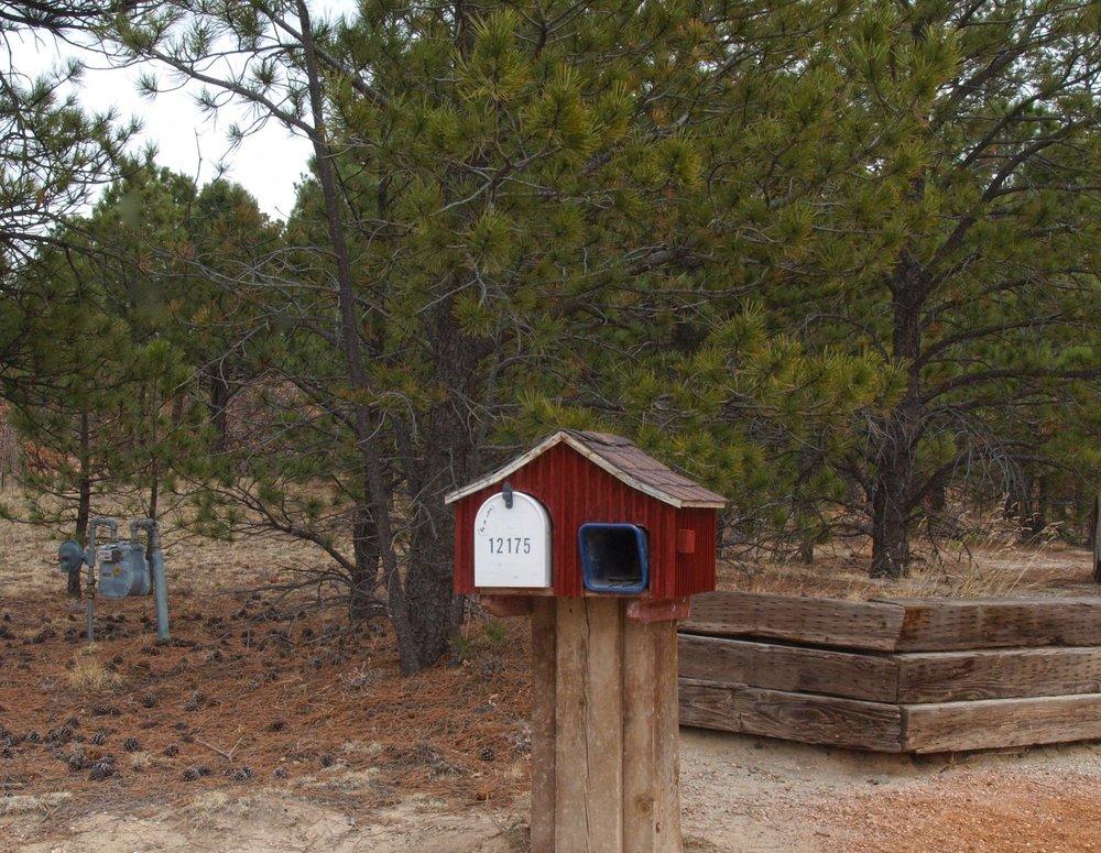 36-537-Mailbox.jpg