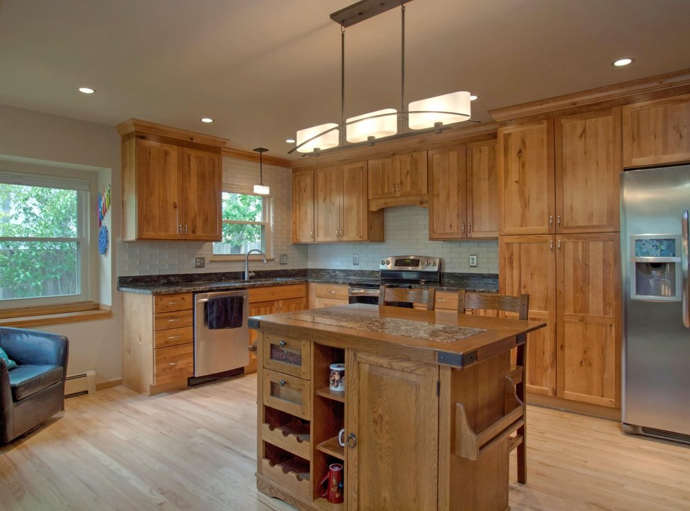 12-1561-Kitchen1.jpg
