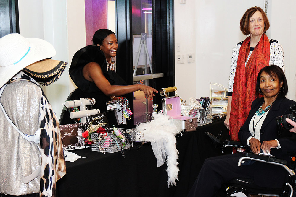 Aisha Yasin from The TJX Companies runs a Styling Booth for the 2018 Photo Shoot for a Cure guests. Photo by Brian Lauritsen.