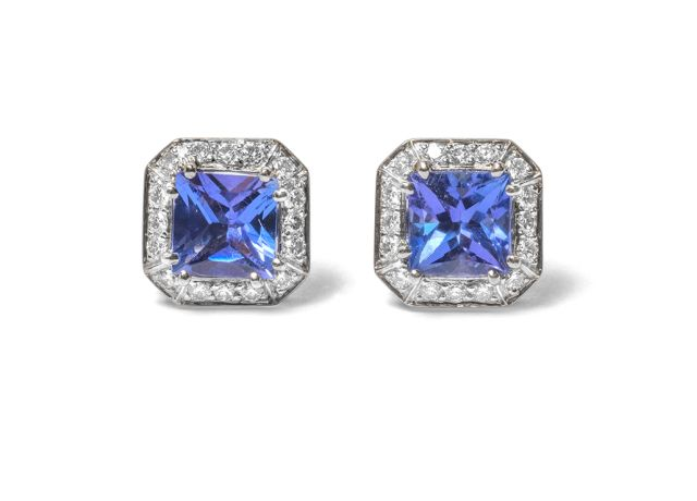 Tanzanite and Diamond cluster studs in white gold.