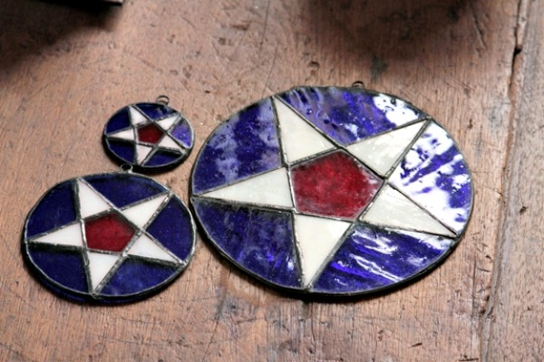 Click here to see stained glass stars - available in Nauvoo