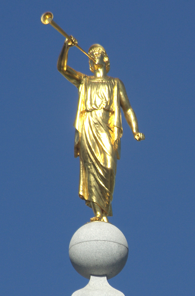 Angel Moroni Statue LDS Temple book of Mormon242.jpg