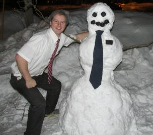 a LDS Missionaries in the snow Latter-day Saint20.jpg