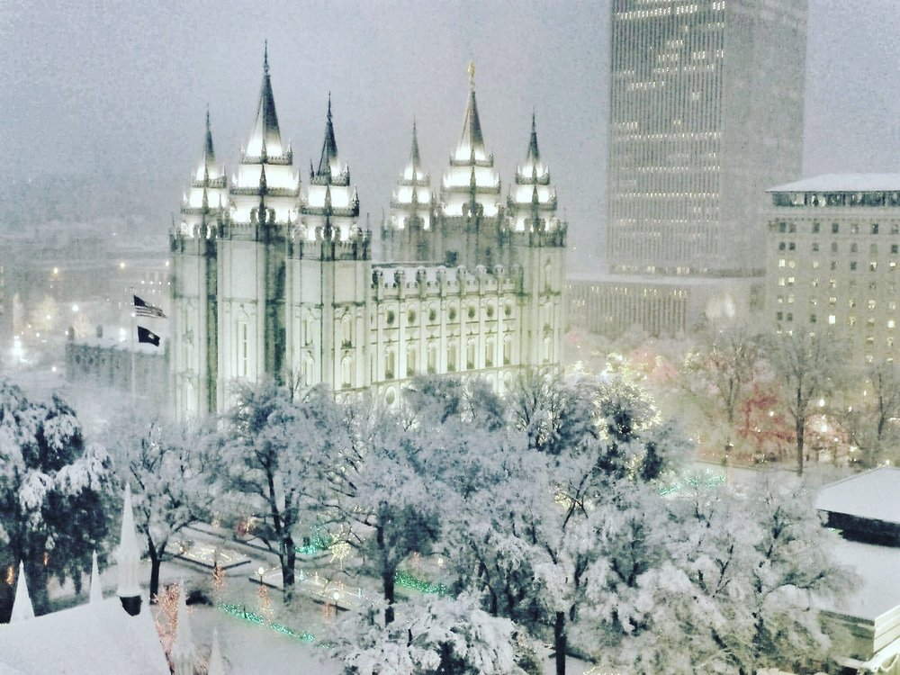 a LDS Missionaries in the snow Latter-day Saint14.jpg