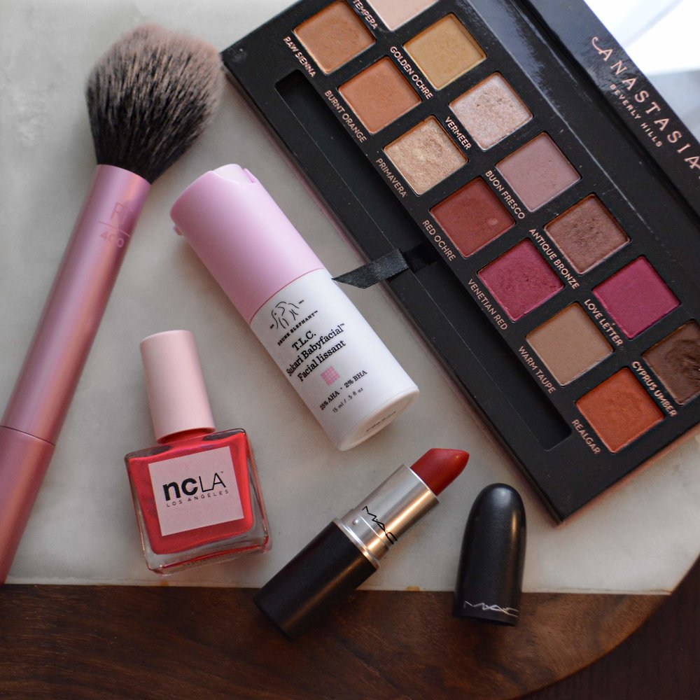 red-and-pink-makeup