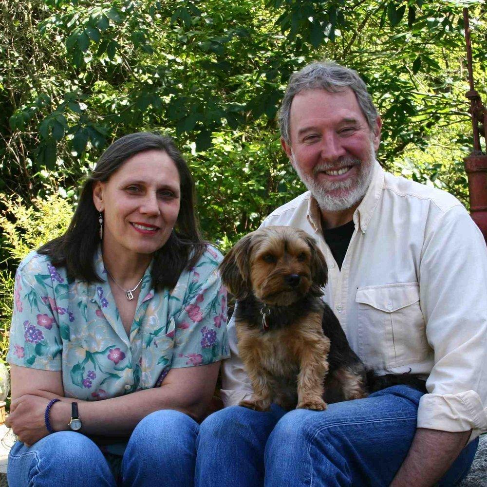 Sigrun Seifert & Joseph Grubaugh with their dog Maiky.
