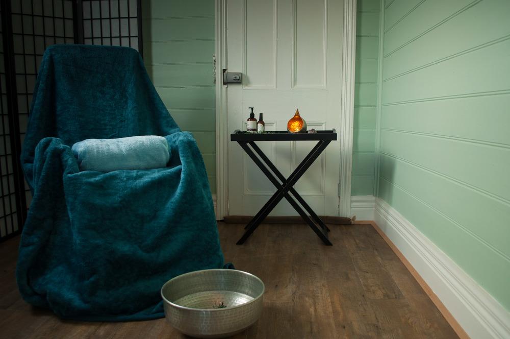 reflexology chair, reflexologist treatment room