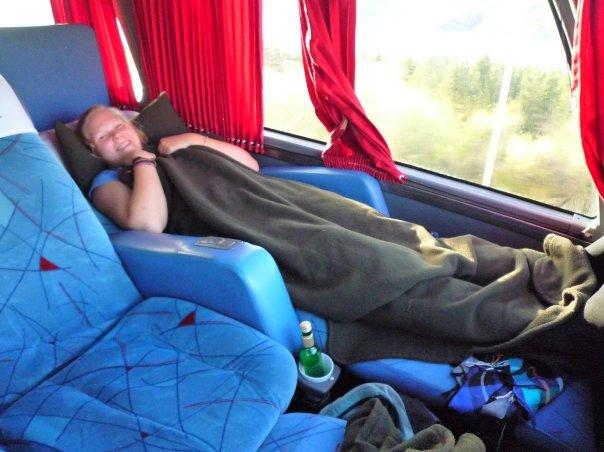 I lyxbuss i Argentina 2009. Sov så gott så jag blev väckt till frukostserveringen!