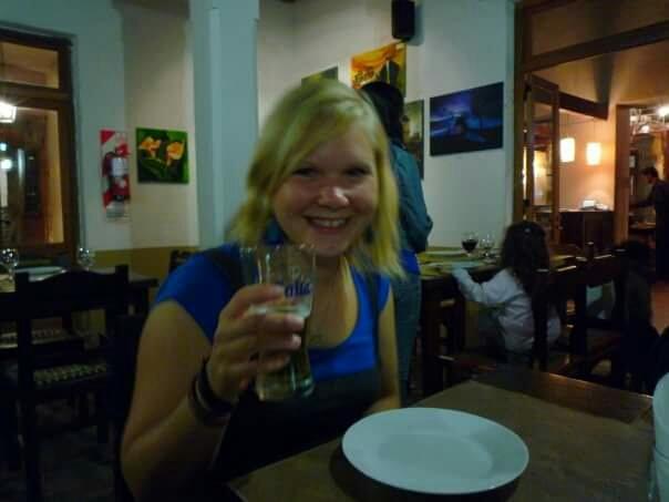 En mini-Kugge år 2009 i Argentina. Extremt glad över att jag just lärt mig dricka öl.