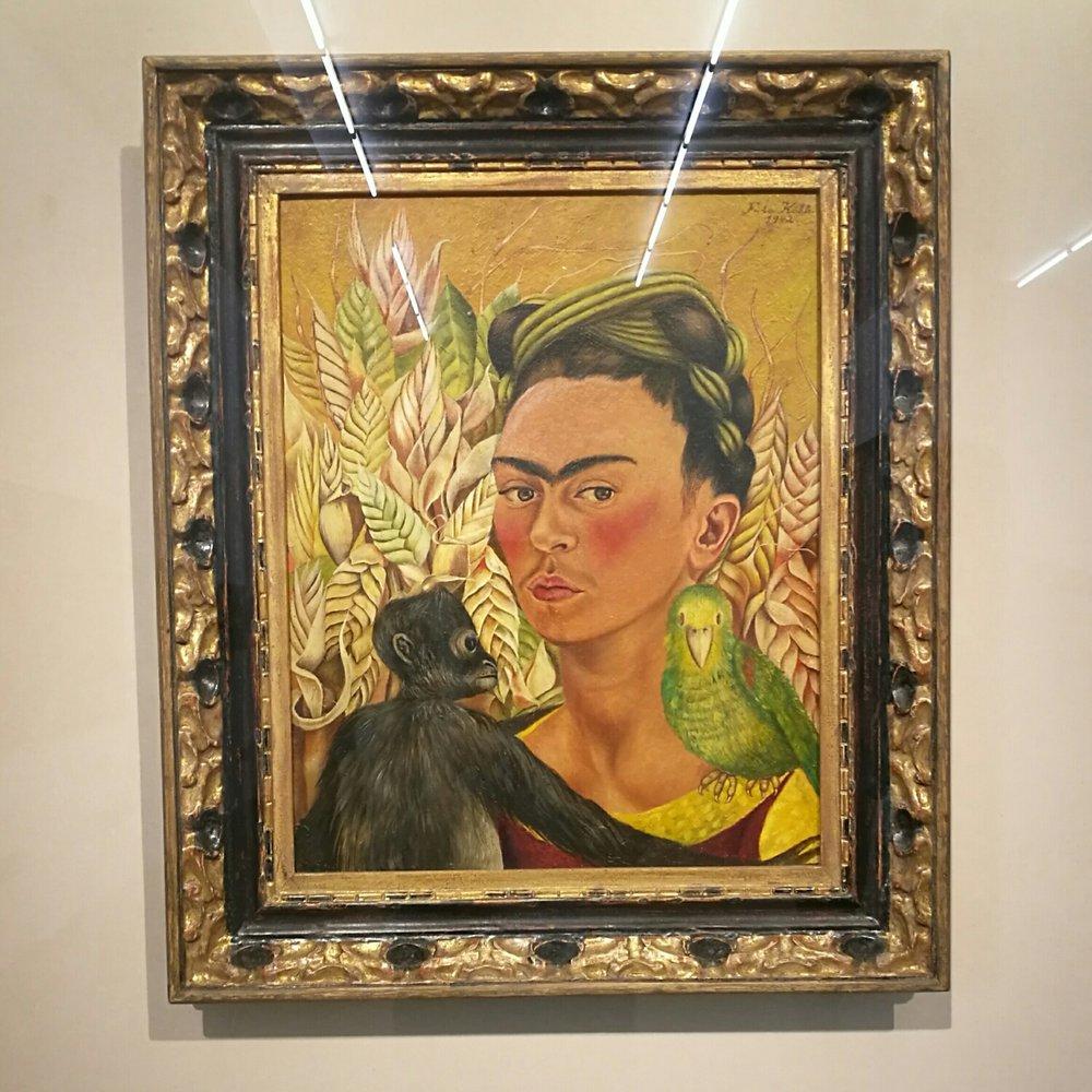 Frida Kahlo måste väl vara en urmoder till selfien?