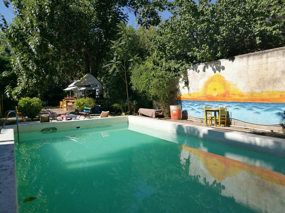 Väldigt nöjd med poolen och hostellet överlag.