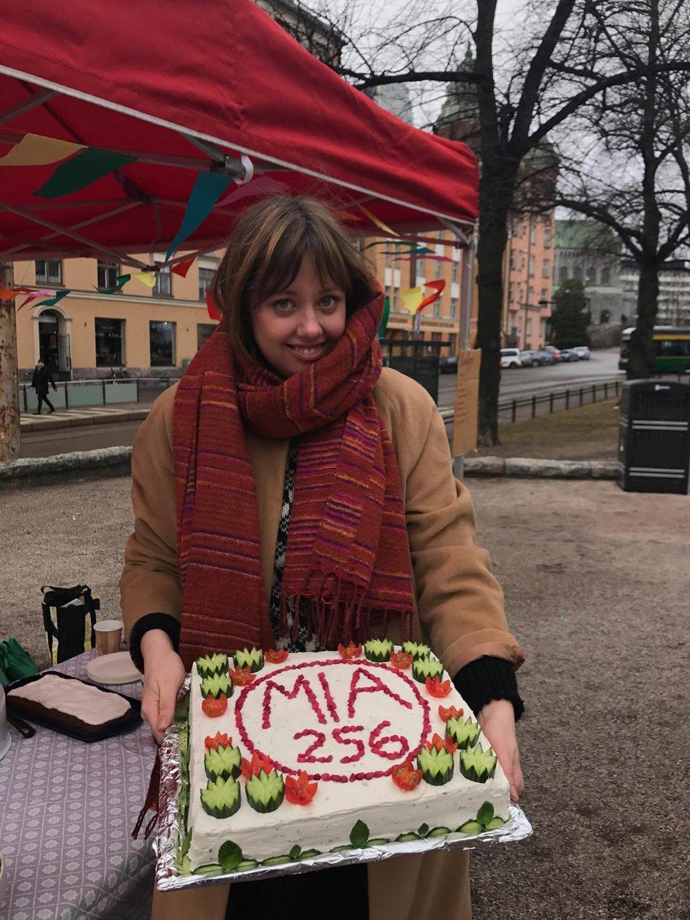 Mia Haglund som är en av mina goda vänner ordnade i dag valkafé i Björnparken. Kanske världens finaste smörgåstårta?!