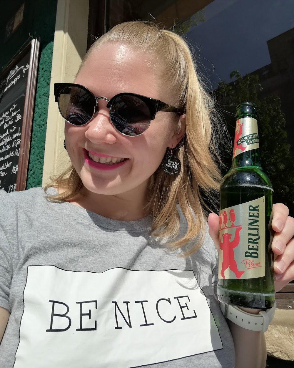 """""""Berlin, du bist so wunderbar"""" står det på ölflaskan och jag är ju benägen att hålla med."""