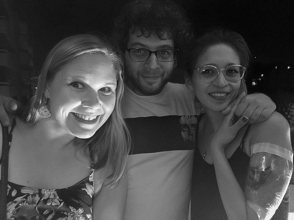 Jag, Ari och Ailin på en takterassfest i Buenos Aires.