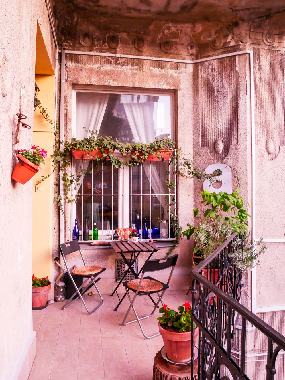 Min Airbnb-balkong var så drömmig! <3