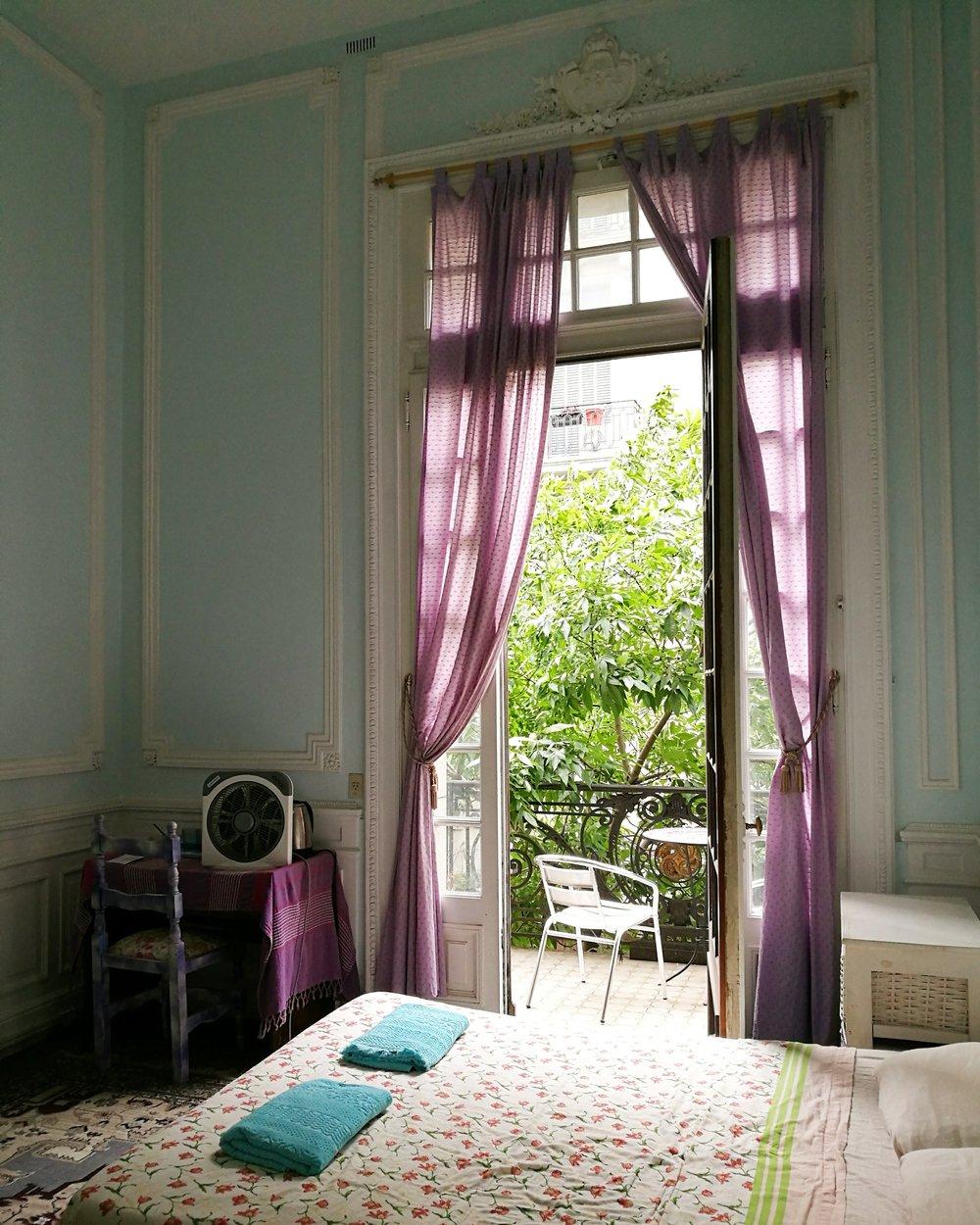 Bokade samma rum, på samma Airbnb som senast. Just så simpel är jag.