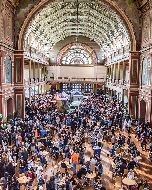 We're so excited to be part of the @bigveganmarket this weekend in one of Melbourne most beautiful buildings. It's the biggest market we've been part of so far and we can't wait to meet some new vegan porridge lovers ⠀⠀⠀⠀⠀⠀⠀⠀⠀ . . . . . . ⠀⠀⠀⠀⠀⠀⠀⠀⠀ . . #vegan #bigveganmarket #royalexhibitionbuilding #porridge #oats #porridgeinmelbourne #melbourne #breakfastclub #healthy #breakfast #handrolledoats #seedandgrainporridge #seeds #grains #freshlyrolled #winter #feedfeed #farmersmarket #porridgetourofmelbs #lunchladymagazine